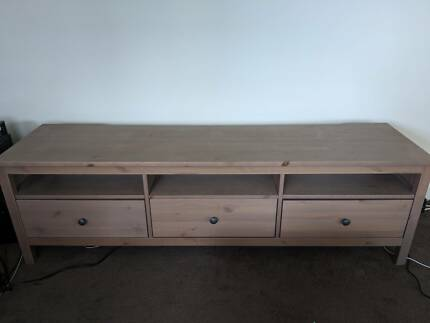 Hemnes tv entertainment unit