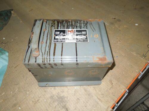 Bulldog Bp351 30a 3ph 3w 600v Fusible Cover Operated Bus Plug Used E-ok