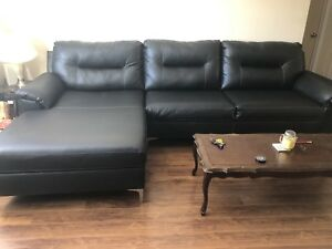 Brand new couch retail price 1400$