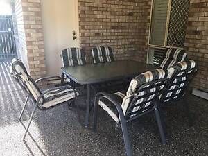 6-seat outdoor setting Carina Brisbane South East Preview
