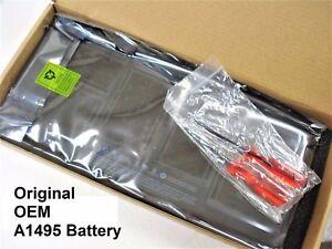 New Genuine OEM APPLE MacBook Air 11