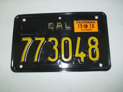 1969 CALIFORNIA BLACK & GOLD MOTORCYCLE LICENSE PLATE 1970 STICKER EXCELLENT