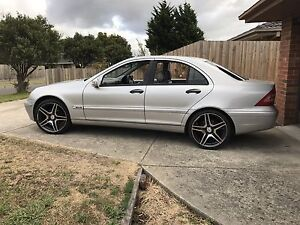 Mercedes c180 6sp manual Berwick Casey Area Preview