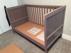 *FREE* IKEA crib (no mattress)