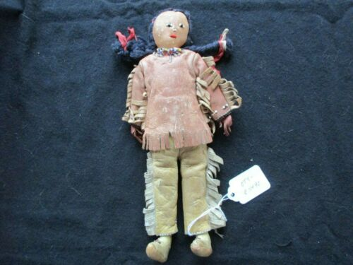 NATIVE AMERICAN BEADED LEATHER DOLL, FROM SOUTH DAKOTA HAND MADE, SD-0521*05490