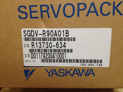 NIB YASKAWA SGDV-R90A01B AC SERVO DRIVER SGDV-R90A01B 0.1kW 100W 200V NIB NEW