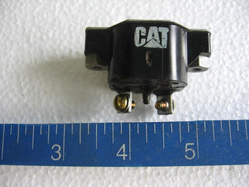 Klixon CDA-3-1 / Caterpillar 7N-1621 Automatic Reset 3 amp Circuit Breaker
