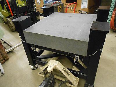35 X 38 Newport Granite Anti-vibration Table With 4 Laminar Flow Isolators