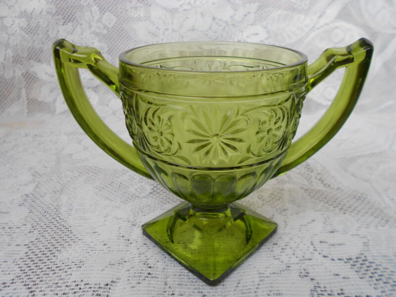 VINTAGE ANCHOR HOCKING GREEN GLASS COMPOTE SUGAR DISH