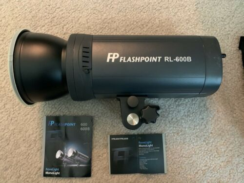 Flashpoint RoveLight 600 Ws Monolight with On Board Power (Bowens Mount)