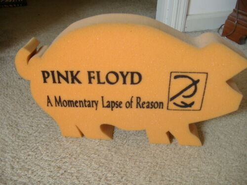 PINK FLOYD MOMENTARY LAPSE OF REASON FOAM DISPLAY PIG PERFECT CONDITION 1987