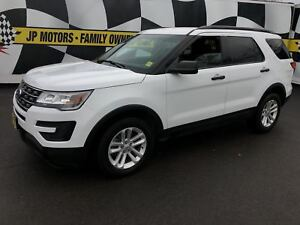 2016 Ford Explorer 3rd Row Seating, Bluetooth, 4*4, 82,000km