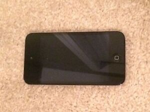 iPod touch 4th gen with two cases