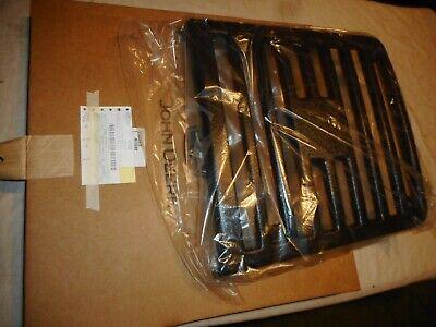 John Deere Grille Part M78282 Fits F710 F725 New Woriginal Shipping Box