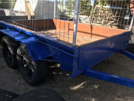 Heavy duty licenses 8x5 cage tandem trailer in great condition Banksia Grove Wanneroo Area Preview