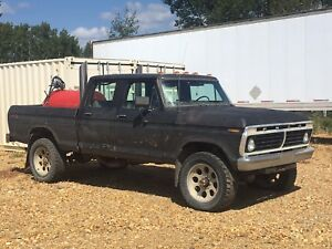 1975 Ford F-250 4WD