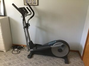 Elliptical/cross trainer
