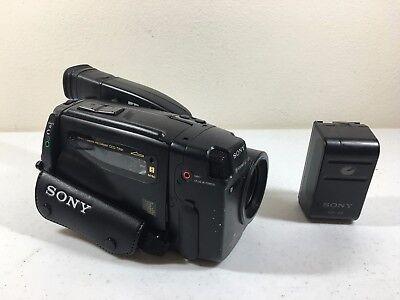 Видеокамеры Sony CCD-TR91 Handycam 8mm Camcorder