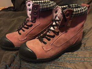Nats womens pink work boots, size 8 1/2