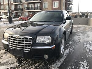 2008 Chrysler c300 Limited+ Safety& E tested for 3700$
