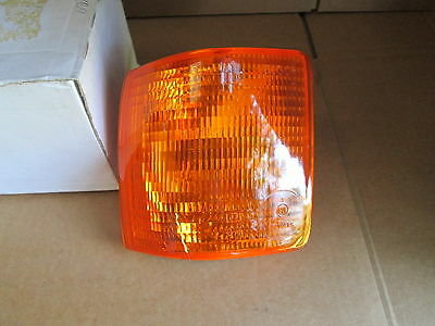 NEW GENUINE AUDI 80 RIGHT FRONT INDICATOR LAMP LIGHT 811953050