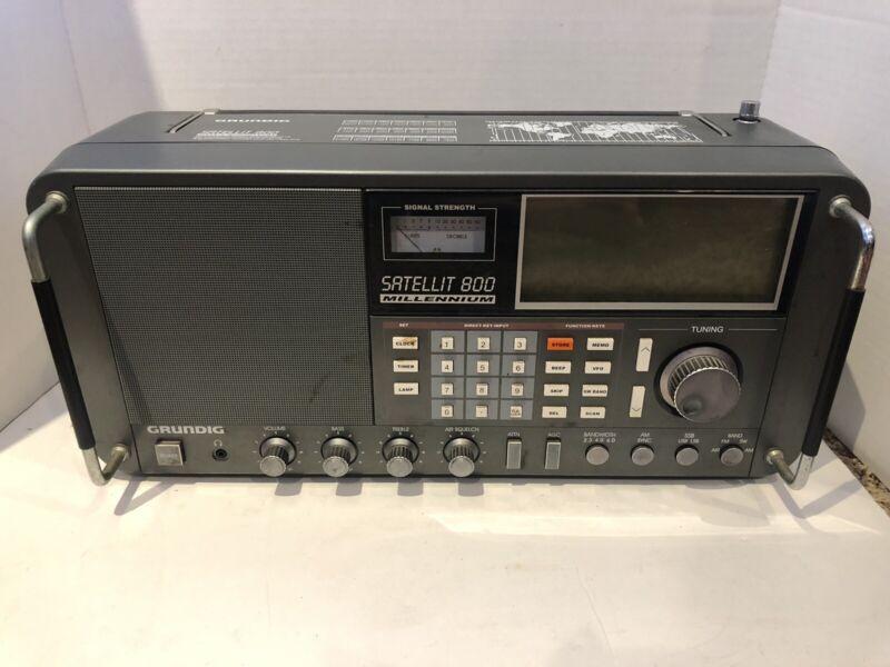 Grundig Satellit 800 Millennium With Box And Head Phones World Radio