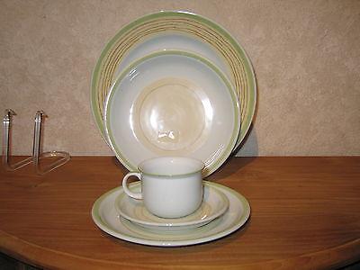 THOMAS *NEW* TREND CREAM Set 3 assiettes + 1 tasse et soucoupe