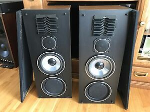 "VIVID Tower speakers 8ohms 80W  8"" woofers Toronto Made by AR"