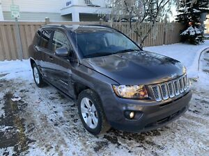2016 Jeep Compass North 30Kms, Starter, 4X4, Leather $15,700 OBO