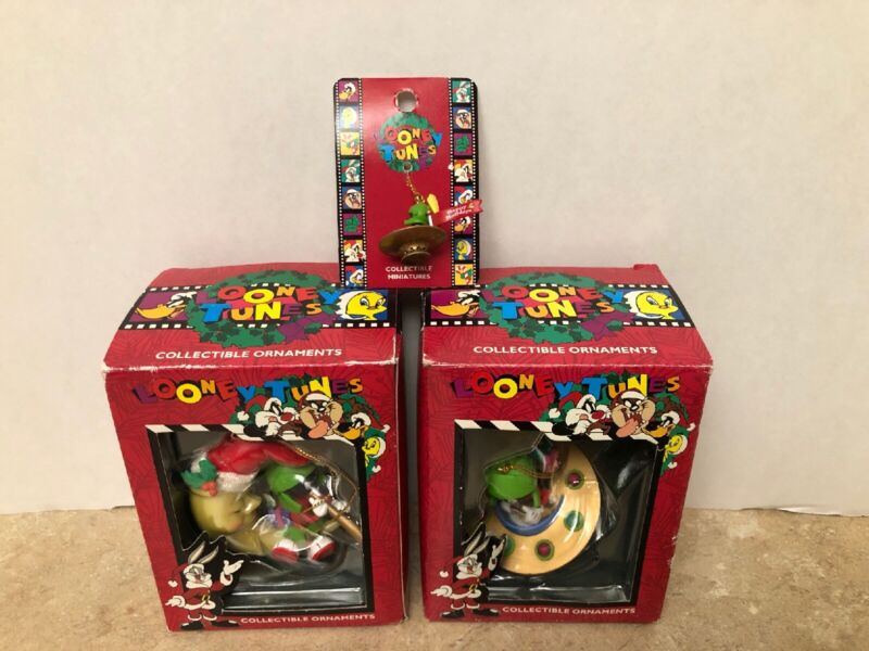 Three Looney Tunes Collectible Ornaments Marvin the Martian Matrix 1996