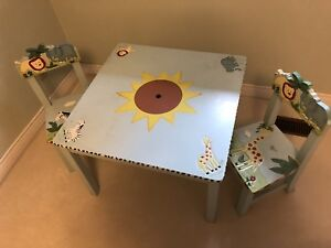 Toddler kids table with chairs