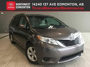 2013 Toyota Sienna LE | Back Up Cam | Pwr Doors | 8 Seat
