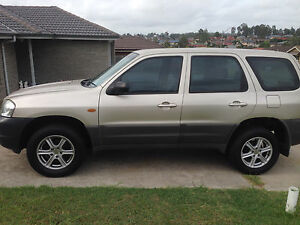 2l 4 CYLINDER MAZDA TRIBUTE Aberglasslyn Maitland Area Preview