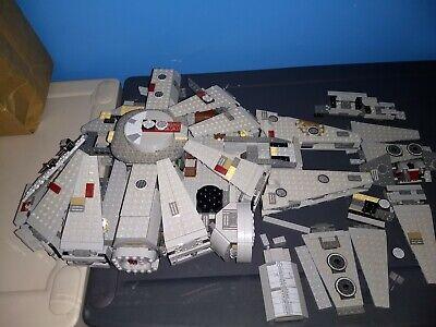 Lego Star Wars 7965 Millennium Falcon *Incomplete*