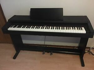 Roland Digital Piano HP -1500 Campbelltown Campbelltown Area Preview