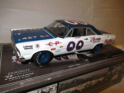 University Of Racing 1/24 AJ Foyt 1965 Ford Galaxie 00 Die-Cast Model Riverside