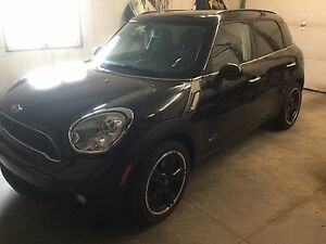2011 Mini Cooper countryman.  All4