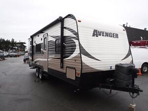 2015 forest-river Avenger 26bh 26 Foot Travel Trailer Sleeps 9