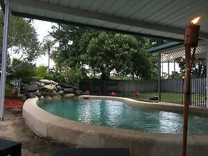 3 separate rooms Available in Yorkeys Knob Yorkeys Knob Cairns City Preview