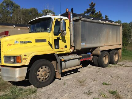 ONLY 570,000kms FLEETLINER TIPPER Morayfield Caboolture Area Preview