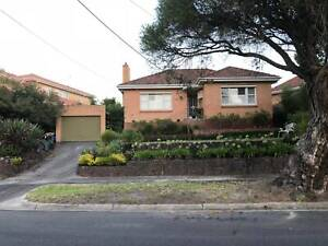 House for rent in Balwyn North High School Zone with secured Garage
