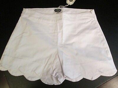 White Scallop Shorts by Mud Pie, Size Medium (8-10), NWT