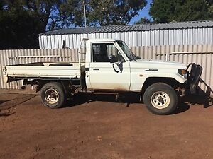 1996 1hz 75 series UTE AND TROOPY WRECKING  ONLY Lesmurdie Kalamunda Area Preview