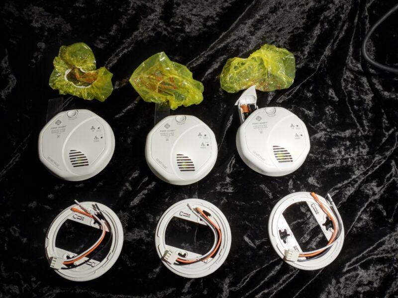 3 First Alert BRK SC7010BV Talking Photoelectric Smoke and Carbon Monoxide Alarm