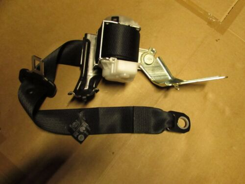 Lexus NX 2014 - on going Rear Seat Belt Driver Side 7W7160