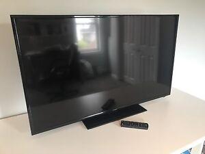 "Insignia 48"" LED - 1080p - HDTV"