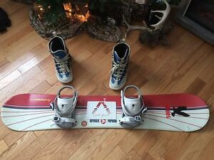 Airwalk snow board with boots and bag