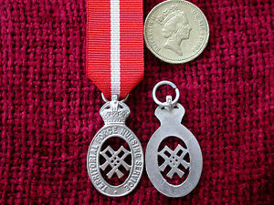 WW1-Replica-Copy-Territorial-Force-Nursing-Service-Cape-Badge