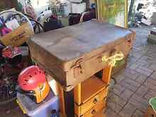 Rustic old suitcase with rope handle Joyner Pine Rivers Area Preview
