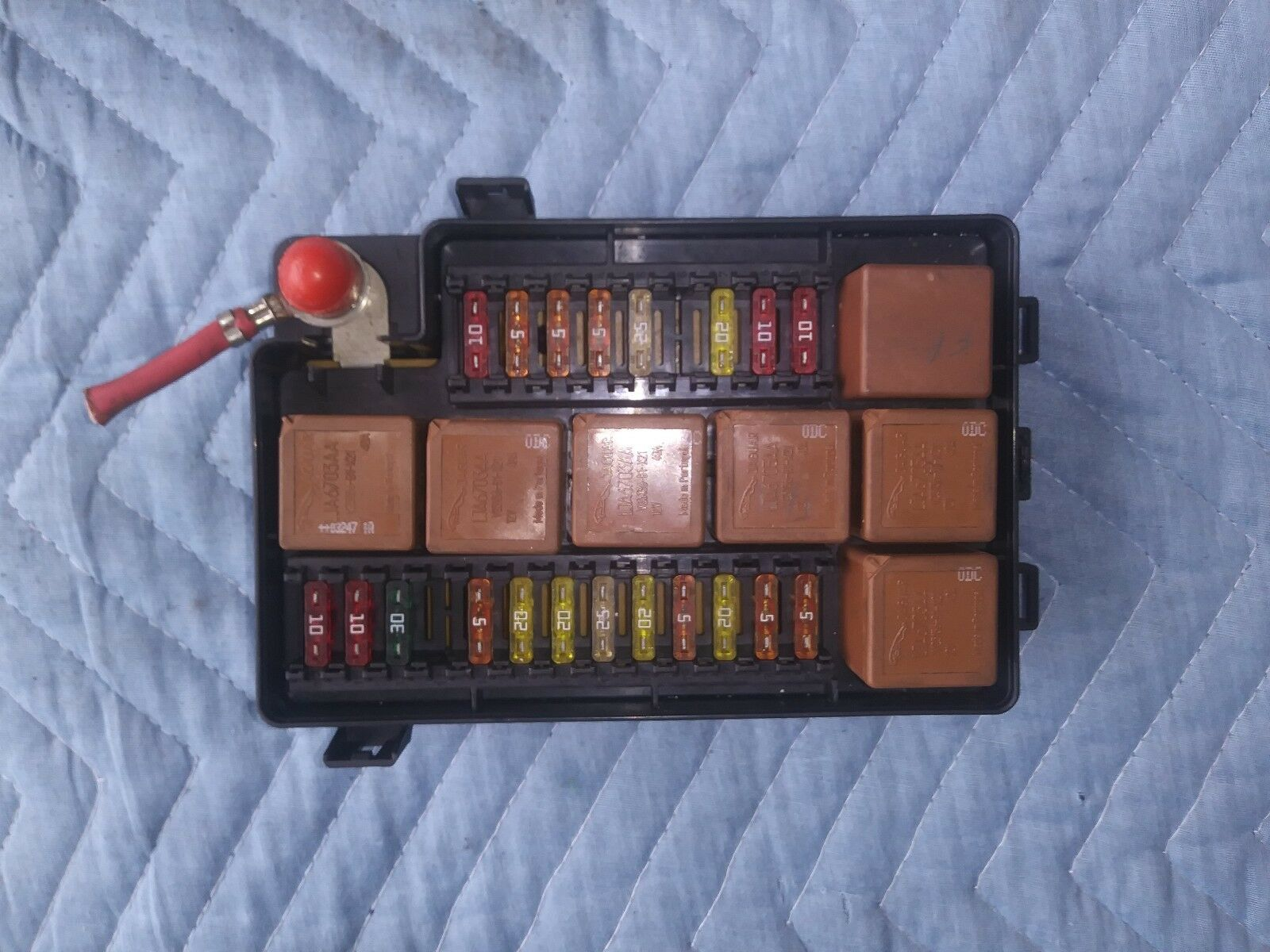 Used Jaguar Electric Vehicle Parts For Sale Page 7 1996 Xj6 Fuse Box Xj8 Xjr Vdp Trunk With All Fuses 1998 2003